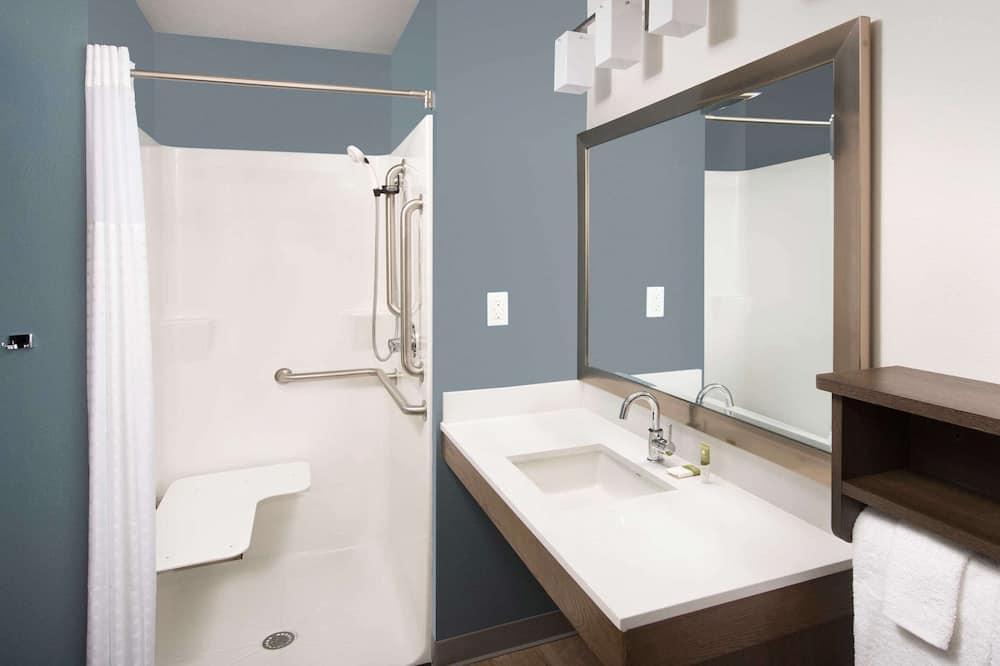 Estúdio, 1 cama de casal com sofá-cama, Acessível - Banheiro