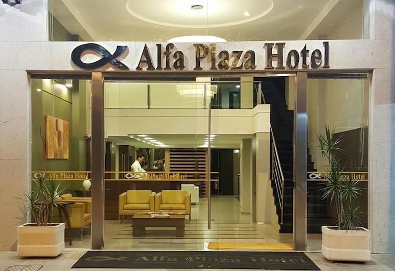Alfa Plaza Hotel, Nukleubandeiranti