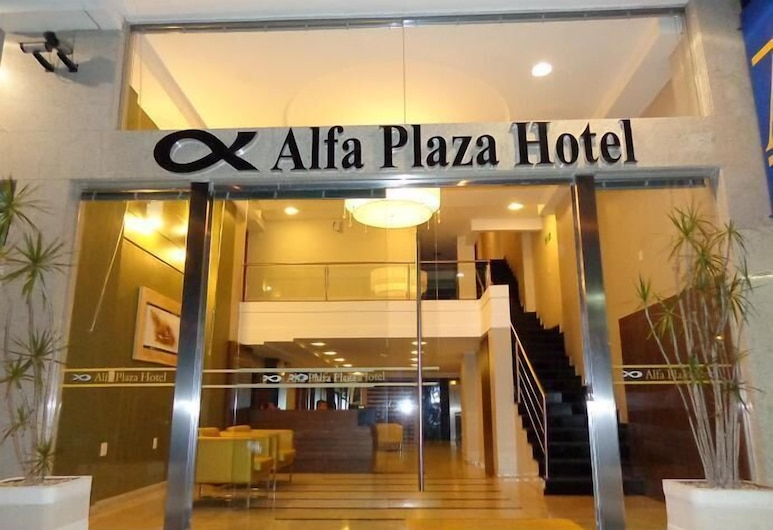 Alfa Plaza Hotel, Núcleo Bandeirante, Vchod do hotelu