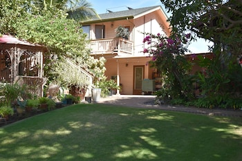 Picture of Nona Lani Cottages  in Kihei