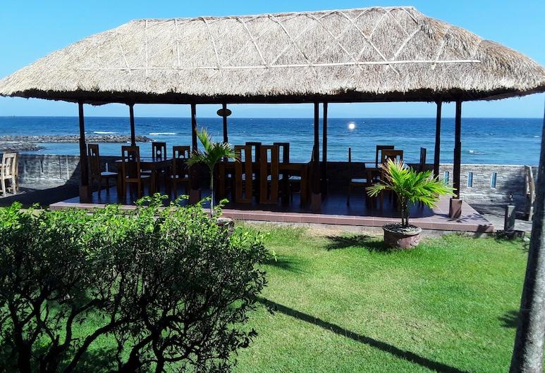 Temple Cafe & Seaside Cottages, Karangasem, Khu ẩm thực ngoài trời