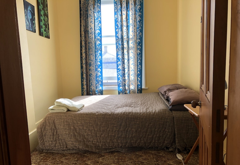 Empire Backpackers , Oamaru, King Single, Shared Bathroom, Guest Room