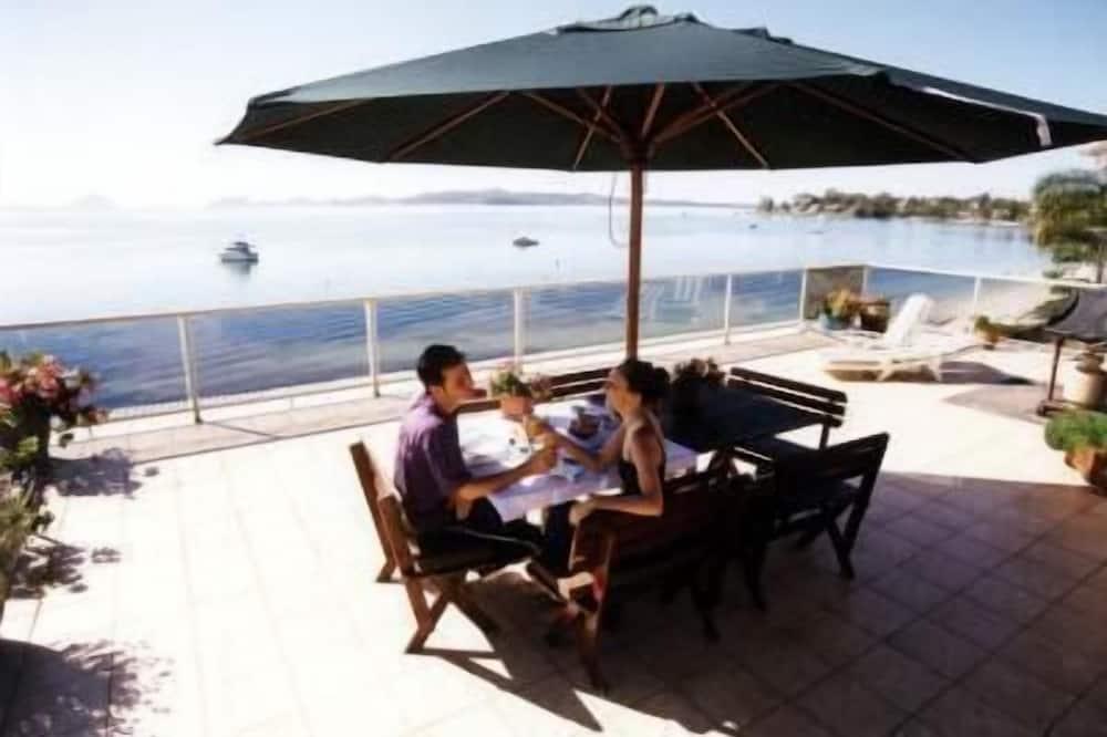 The Mitchells Waterfront Bed & Breakfast
