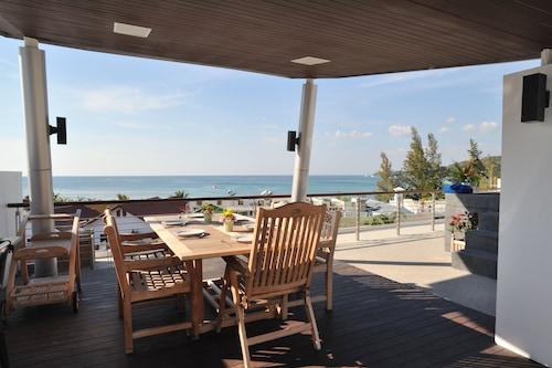卡馬拉海灘棕櫚飯店/