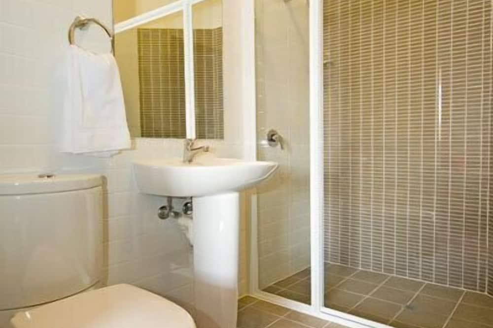 Стандартный номер, для некурящих (Triple Room) - Ванная комната