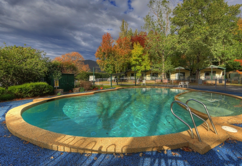 Bright Accommodation Park, Bright, Outdoor Pool