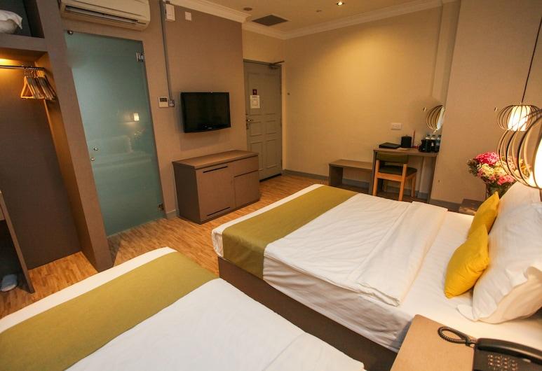Champion Hotel, Singapore, Superior Triple Room (No Window), Guest Room