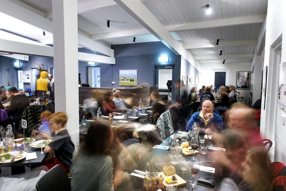 Tempat Makan Keluarga