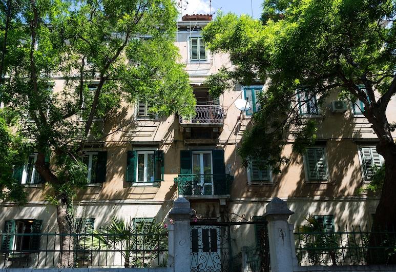 Starlight luxury rooms, Split, Innenhof