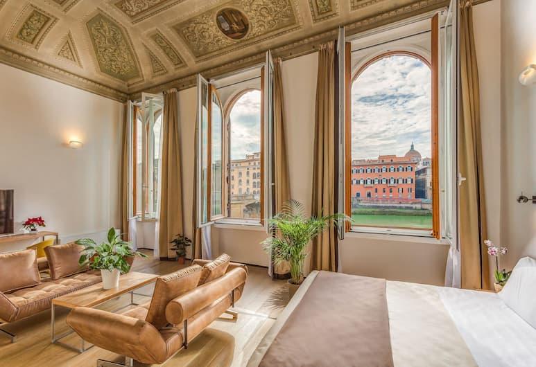 Palazzo Alfieri Residenza d'epoca – Alfieri Collezione, Florence, Suite, vue fleuve (Prestige), Chambre