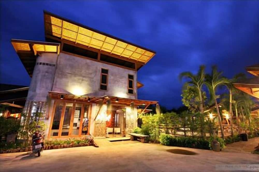 Tique Series Boutique Resort, Rayong
