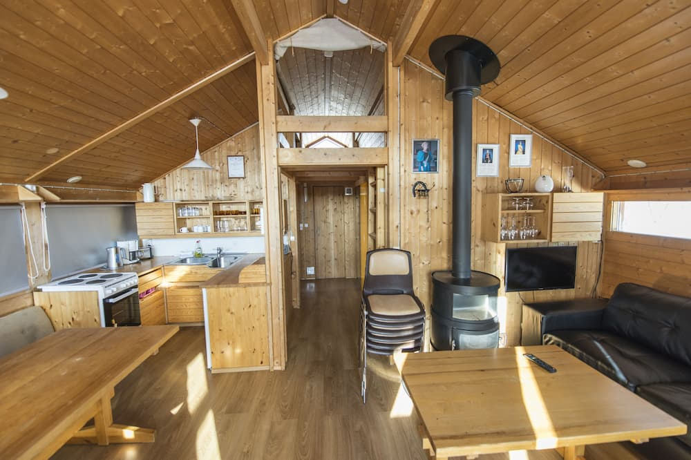 Cottage, 2 Bedrooms, Hot Tub - Living Area