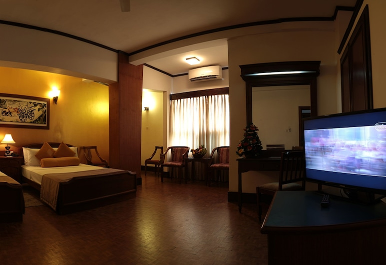 Hotel Sapphire, Colombo, Deluxe Double Room, Guest Room