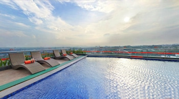 Picture of HARRIS Hotel & Conventions Ciumbuleuit Bandung in Bandung