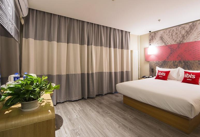 ibis Beijing Tiantandongmen Metro Station Hotel, Beijing, Superior Double Room, Guest Room