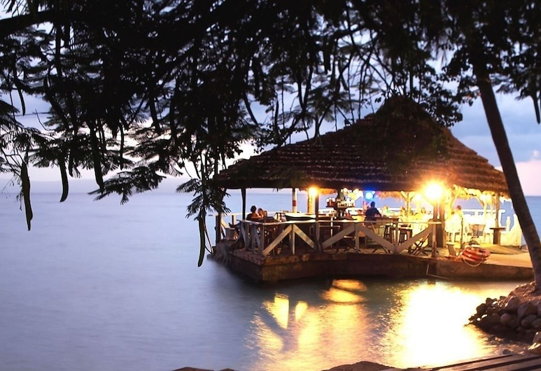 OUANGA BAY BEACH HOTEL, Arcahaie, Outdoor Dining