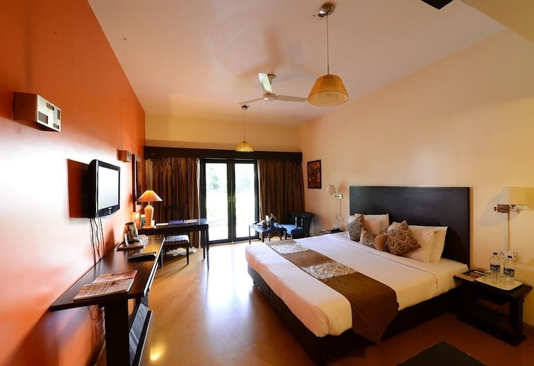 Hotel Sunderban Resort & Spa, Pune, Luxury-studio, 1 suuri parisänky, Vierashuone