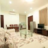 Diamond One Bedroom Apartment - Svetainė