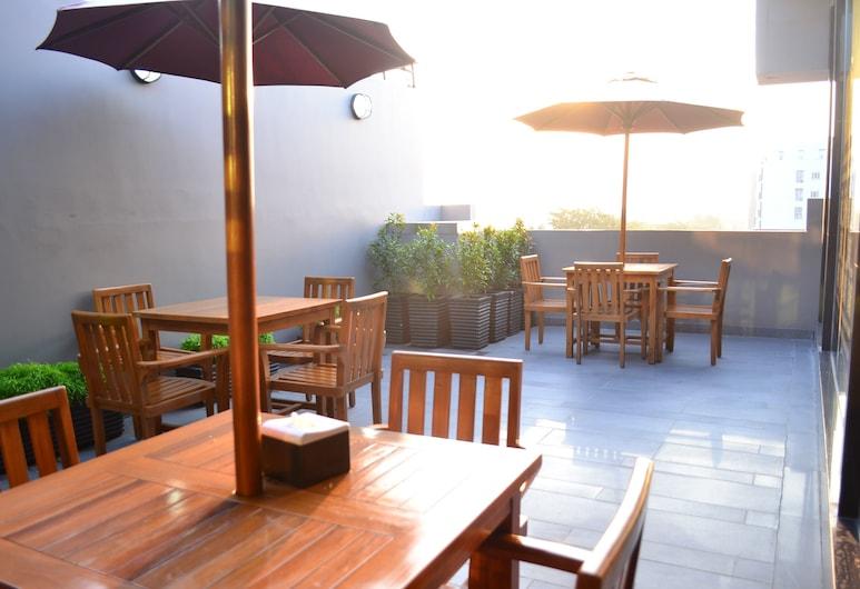 Orinko CIty, Medan, Tempat Makan Luar