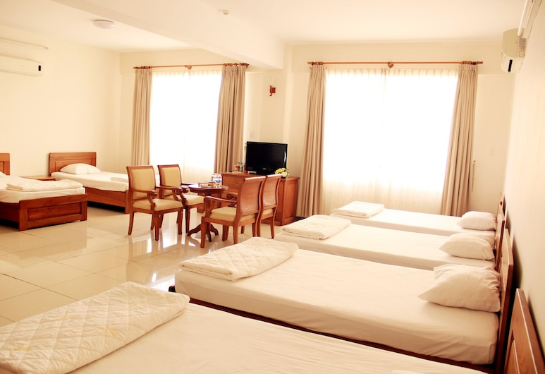 Tan Son Nhat 66A, Ho Chi Minh City, Standard Family 6 Beds, Guest Room
