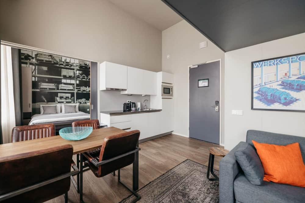 Camera familiare, 1 camera da letto, 2 bagni, al piano ammezzato - Pasti in camera