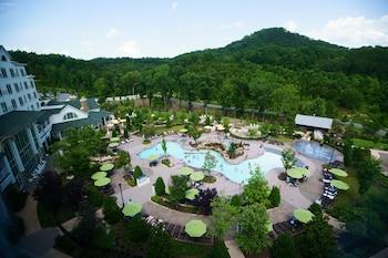 Pigeon Forge bölgesindeki Dollywood's DreamMore Resort resmi