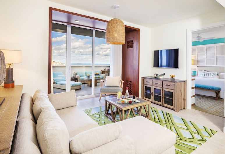 Margaritaville Hollywood Beach Resort, Hollywood, Suite Deluxe, 1 cama king-size com sofá-cama, Terraço, Vista Parcial para o Mar, Sala de Estar