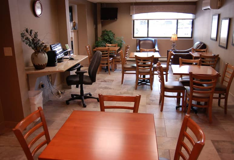 Brentwood Inn & Suites, Rochester, Dining
