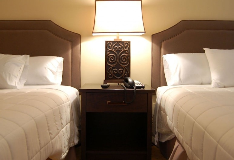 Brentwood Inn & Suites, Rochester, Standard Room, 2 Double Beds, Non Smoking, Refrigerator, Guest Room