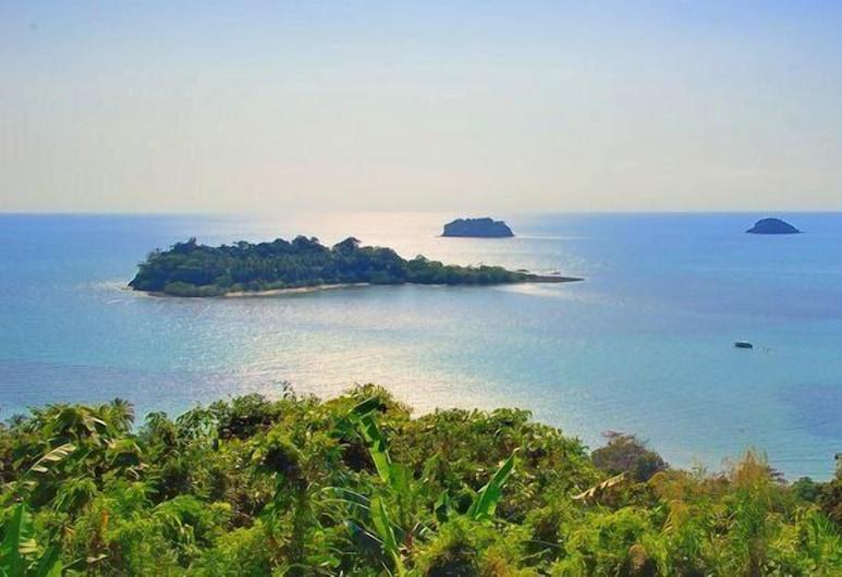 Paradise Bungalows, Ko Chang, Beach