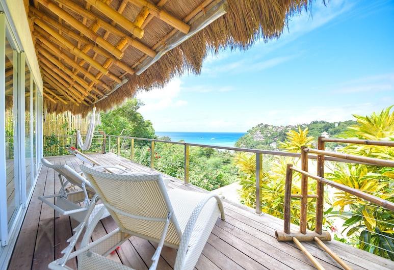 Diniview Villas, Boracay Island, Sun Villa, Balcony