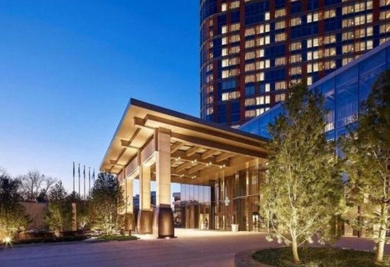 NUO Hotel Beijing, Peking, Sissepääs