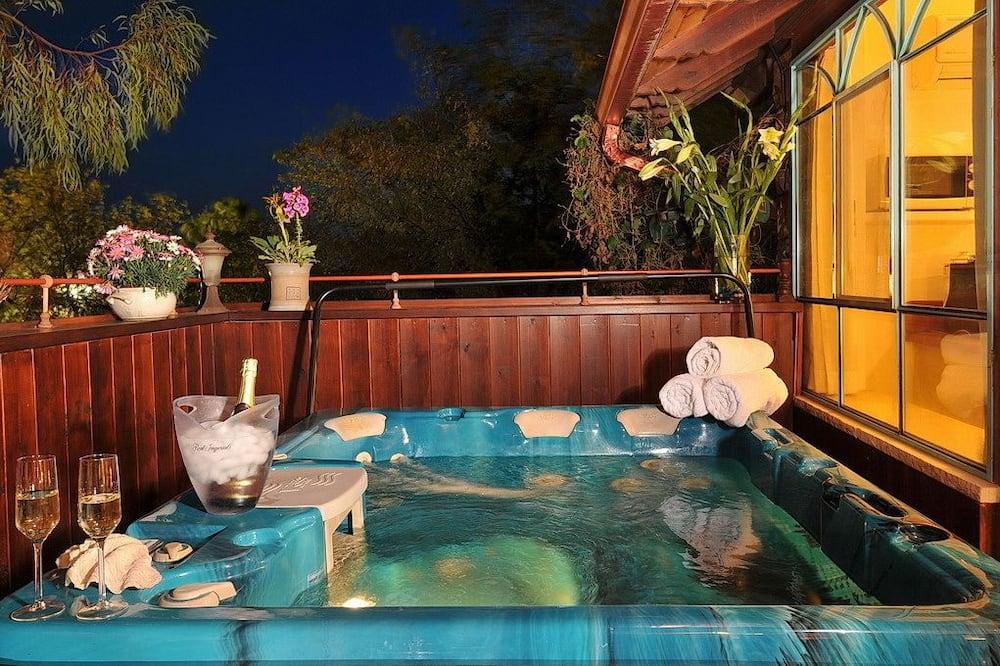 Королівський номер-люкс - Спа-ванна під відкритим небом