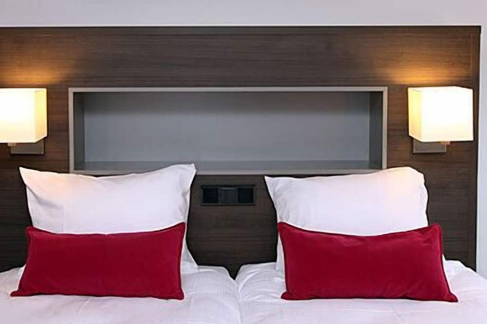 Luksusa numurs, 2 vienguļamās gultas, balkons - Viesu numurs