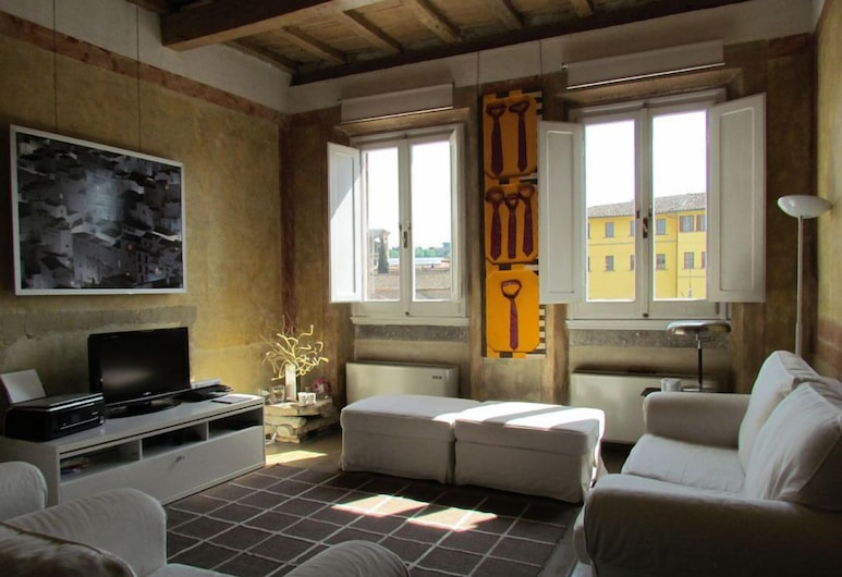 Florence Apartments Home Feeling, Florence, Apartment, 1 Bedroom (Piazza Santa Croce 10), Living Area