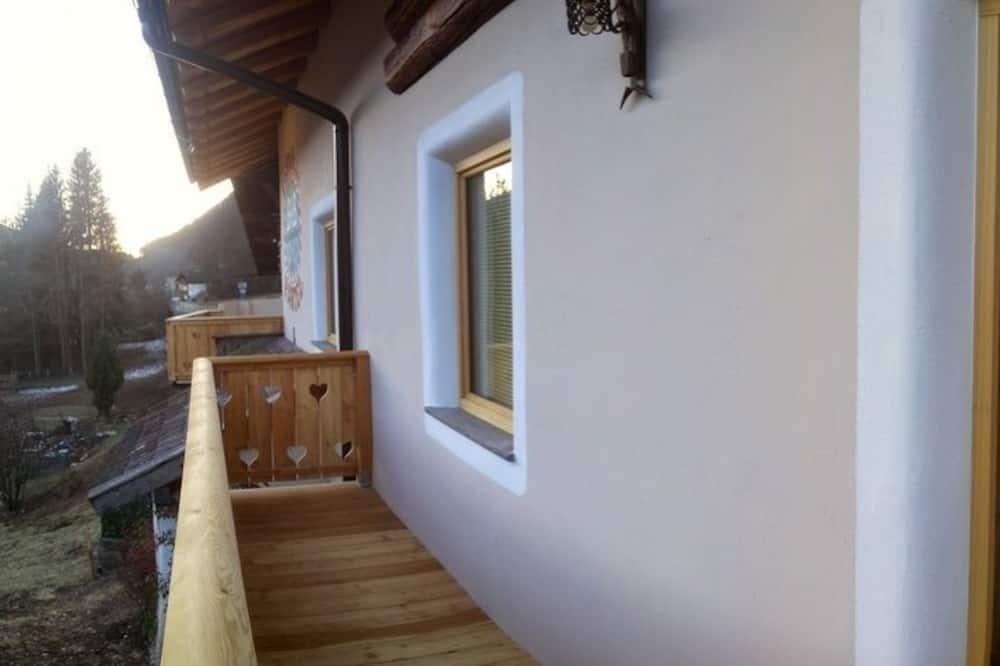 Family Oda - Balkon