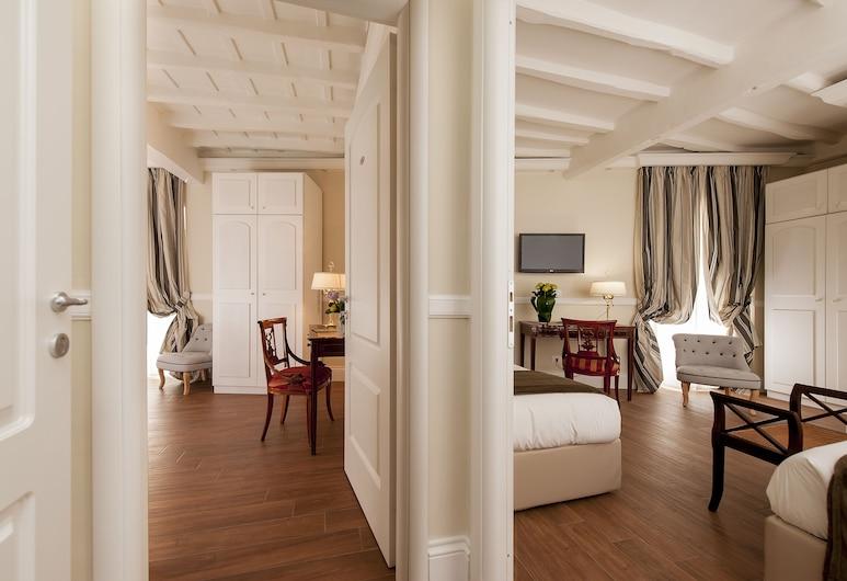 La Residenza del Sole al Pantheon, Rome, Family Room, Guest Room
