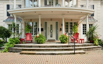 Picture of Somerset Bed and Breakfast in Niagara-on-the-Lake