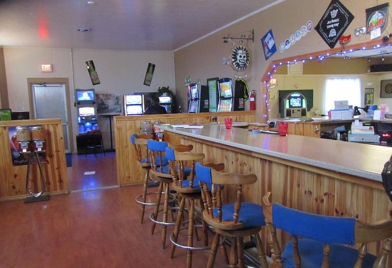 Park Plaza Motel, Saint John, Bar do Hotel