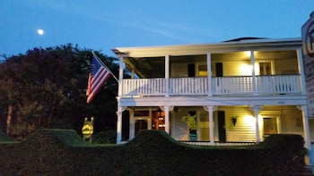 Picture of Barclay Cottage Bed and Breakfast in Virginia Beach