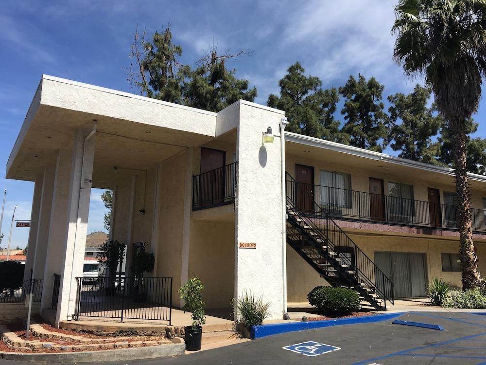 Vista Pines Motel El Cajon
