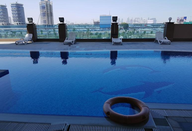 チューリップ クリーク ホテル アパートメンツ, ドバイ, 屋外プール