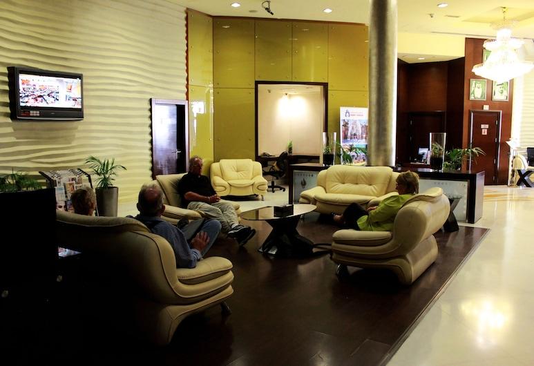Tulip Creek Hotel Apartments, Dubai, Sittområde i lobbyn