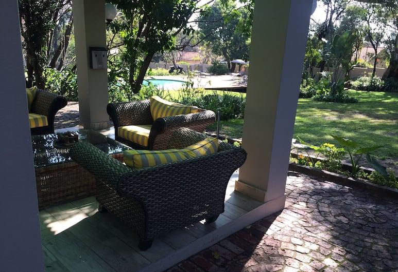 The Haystack on Homestead, Sandton, Rekreačná chata typu Executive, 1 spálňa, kuchyňa, výhľad na záhradu, Terasa
