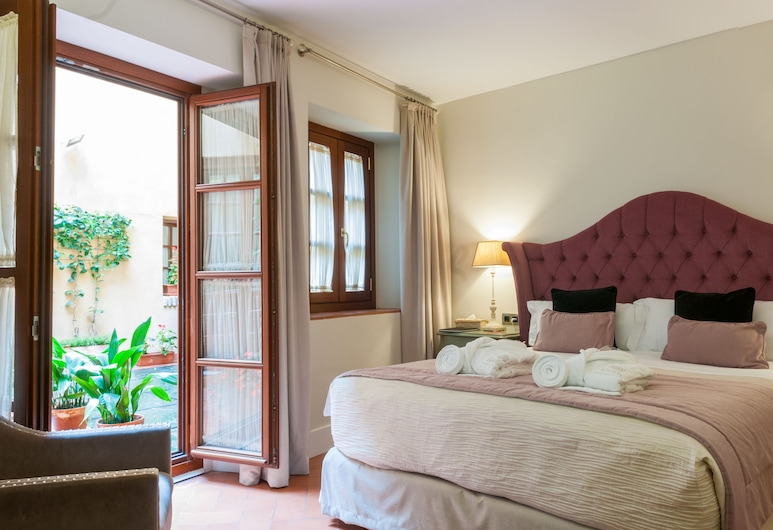 Hotel Boutique Palacio Pinello, Seville, Standard Double or Twin Room, Guest Room