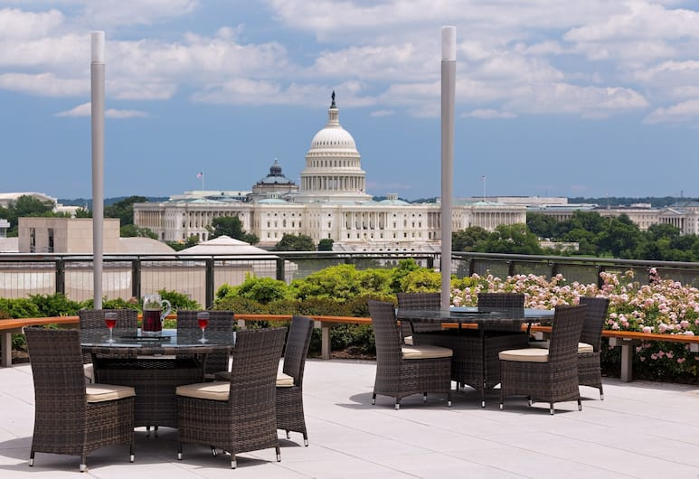 Global Luxury Suites at the National Mall, Washington, Terrass