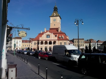 Enter your dates for special Brasov last minute prices
