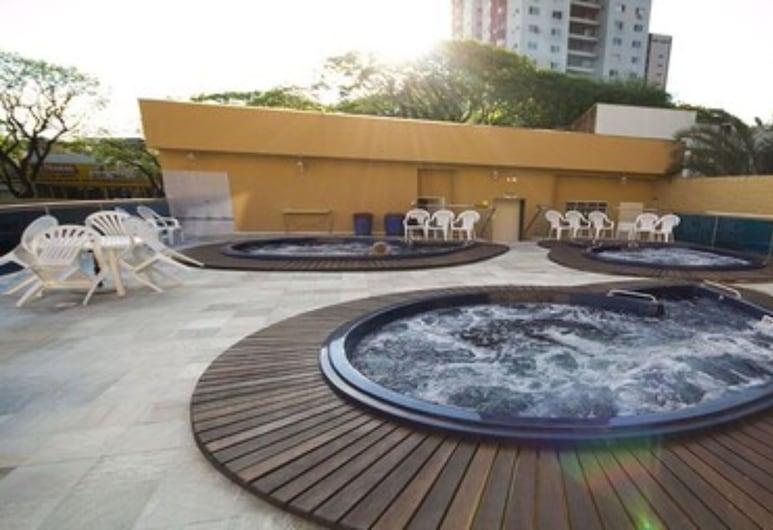 Bogari Hotel, Foz de Iguazú, Bañera de hidromasaje al aire libre