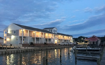 Picture of Anchor Inn in Chincoteague