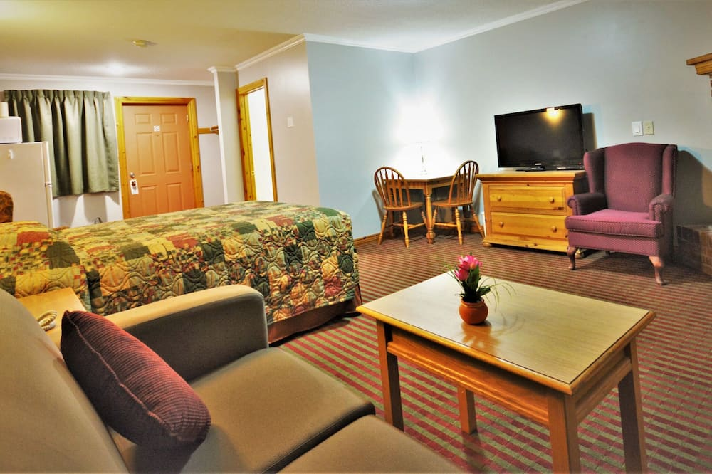 Suite, 1 Queen Bed with Sofa bed, Non Smoking - Guest Room